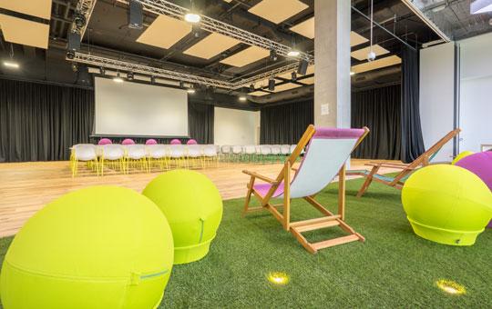 Creative Office Chairs - Plexal