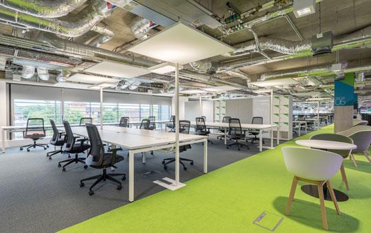 Minimalist Office Furniture - Plexal